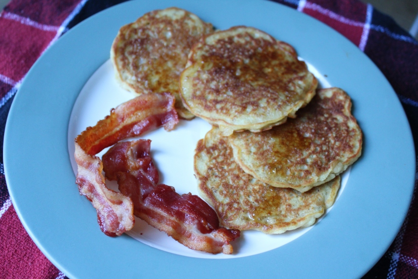 Oatmeal and buttermilk pancakes